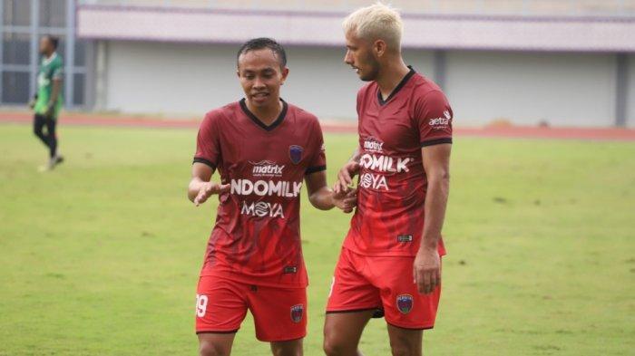 Pemain Persita Tangerang tak Ditarget Juara di Piala Menpora kata Redi Rusmawan