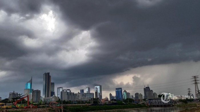 Waspada Cuaca Ekstrem di Sejumlah Wilayah Indonesia Peringatan Dini BMKG Jumat 29 Januari 2021